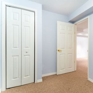 basement-bedroom-finishing-with-carpet-in-baltimore