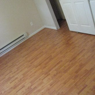 Flooring installation contractor