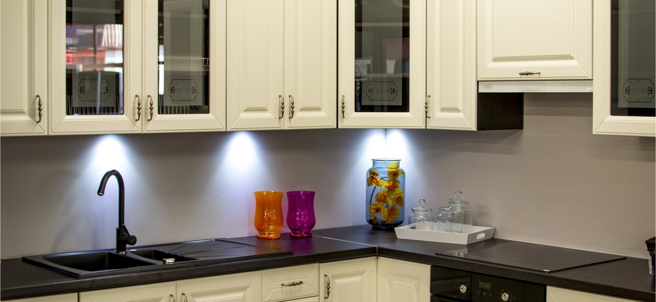 7 Tips to Keep Your Kitchen Cabinets Look New Every Day